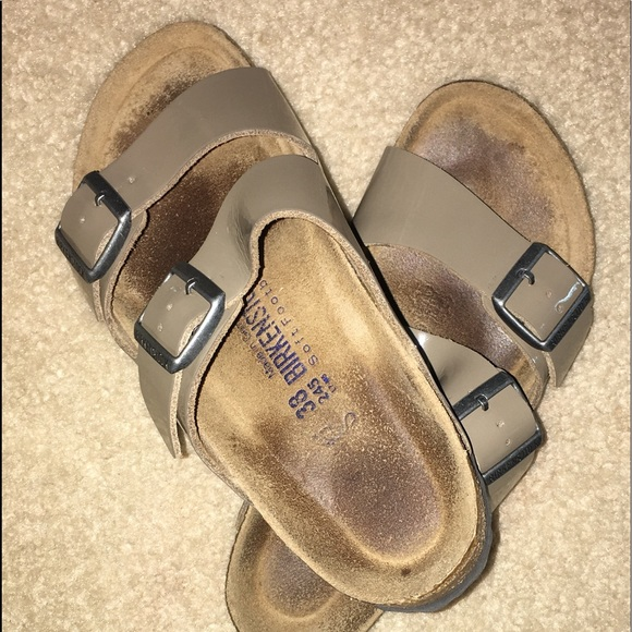e1cc8d14bbd6 Birkenstock Shoes - Birkenstock Arizona Tan taupe Leather 38 SFB
